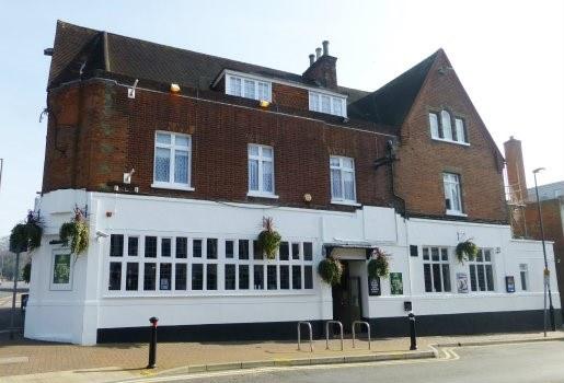 Cambridge Hotel, Camberley - EVA